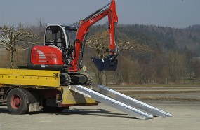 Auffahrrampe bis 11.000 kg/Paar | AVS 150-200